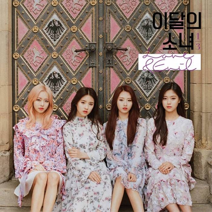 LOONA 1/3 - 1st Mini Album Repackage Love & Evil A (Limited Edition)