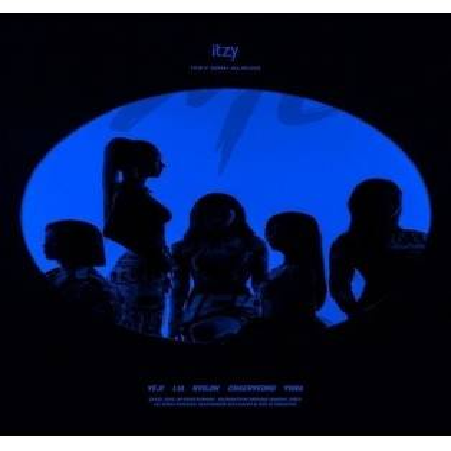 ITZY - Mini Album: IT'z ME CD (slipcase creased, w/ photo essay & photocard set)